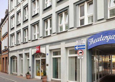 Ibis-Bamberg-Altstadt-Aussenansicht-Theatergasse